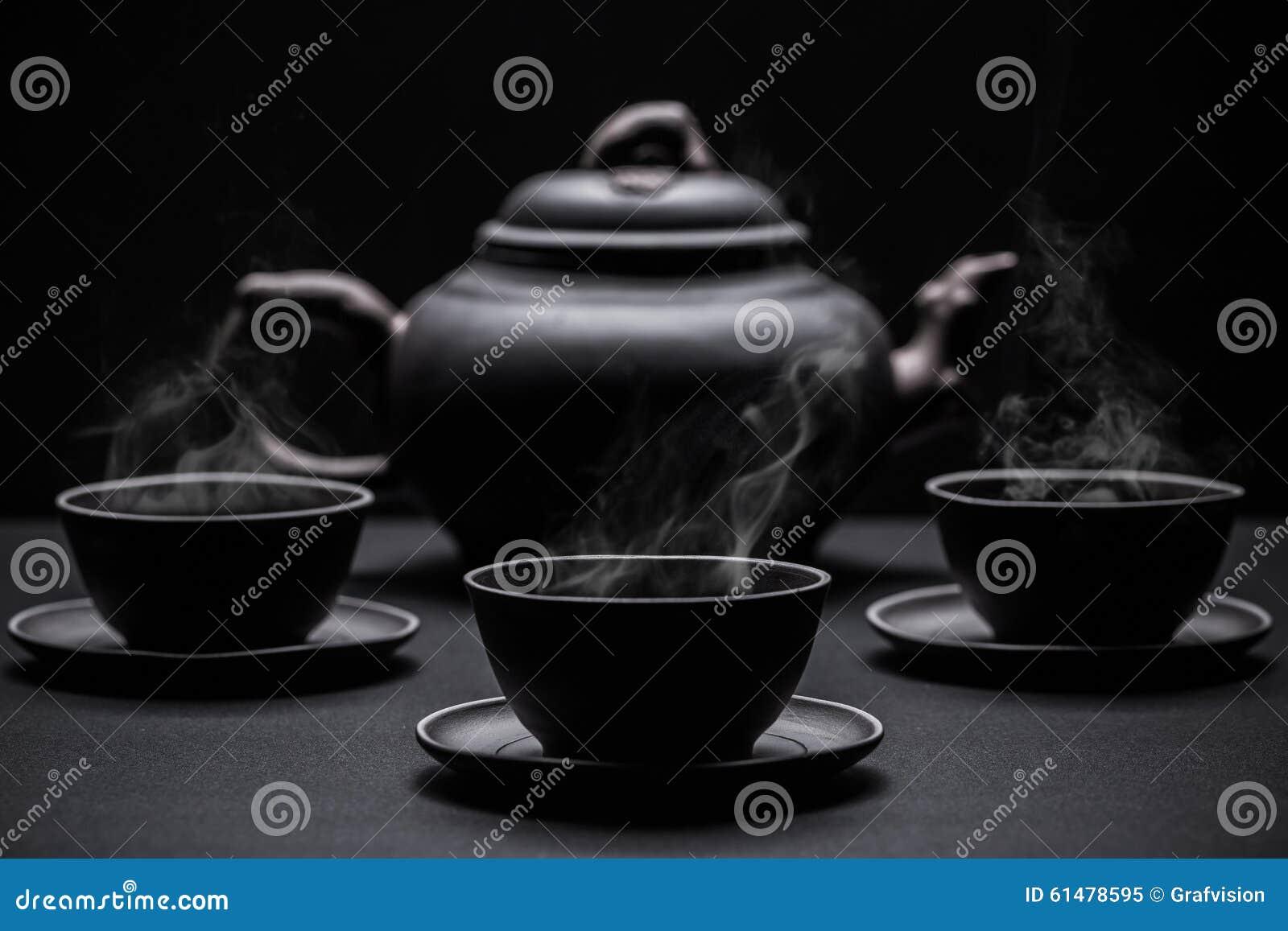 Små koppar för svart te