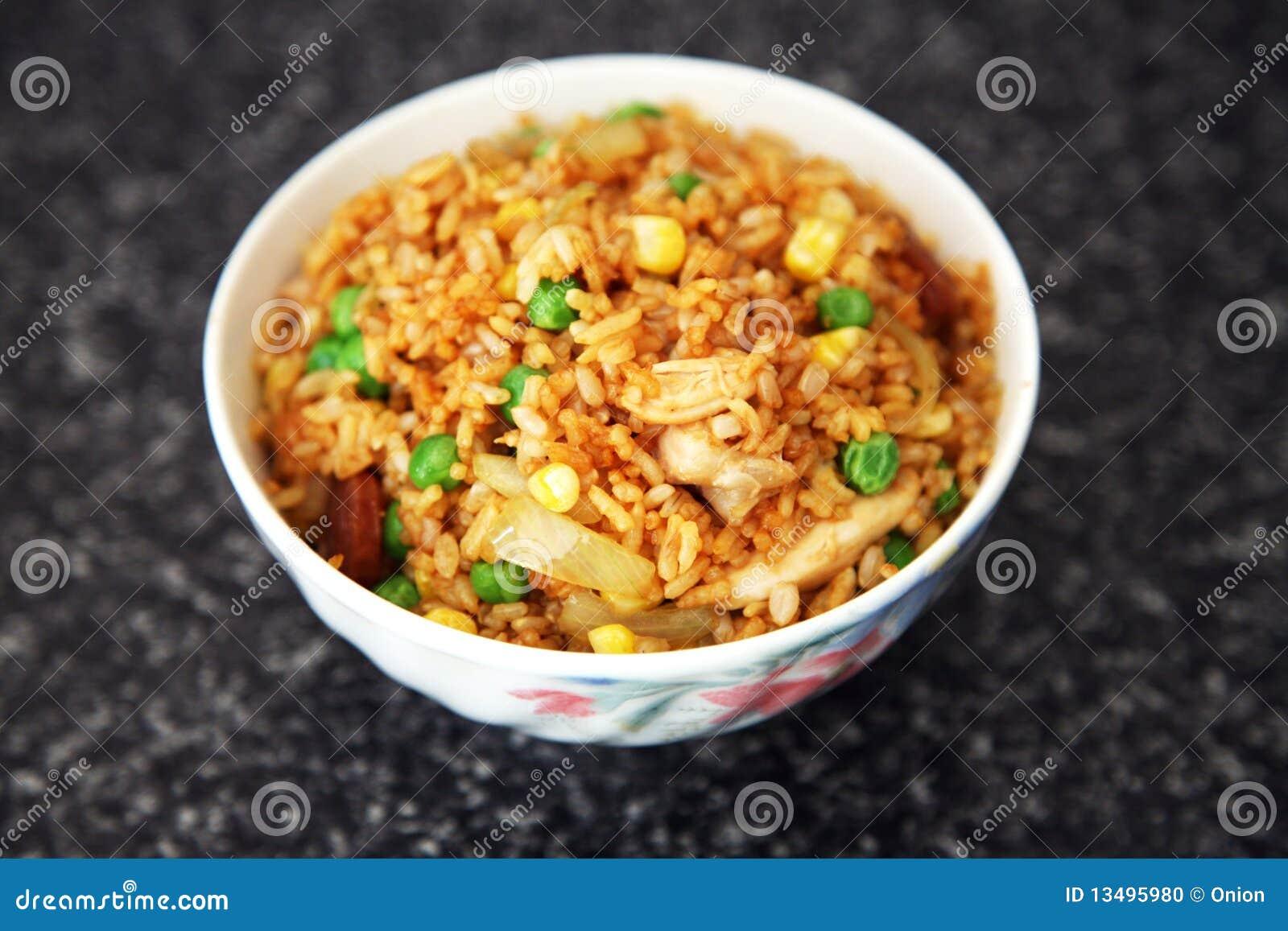 Smażący ryż
