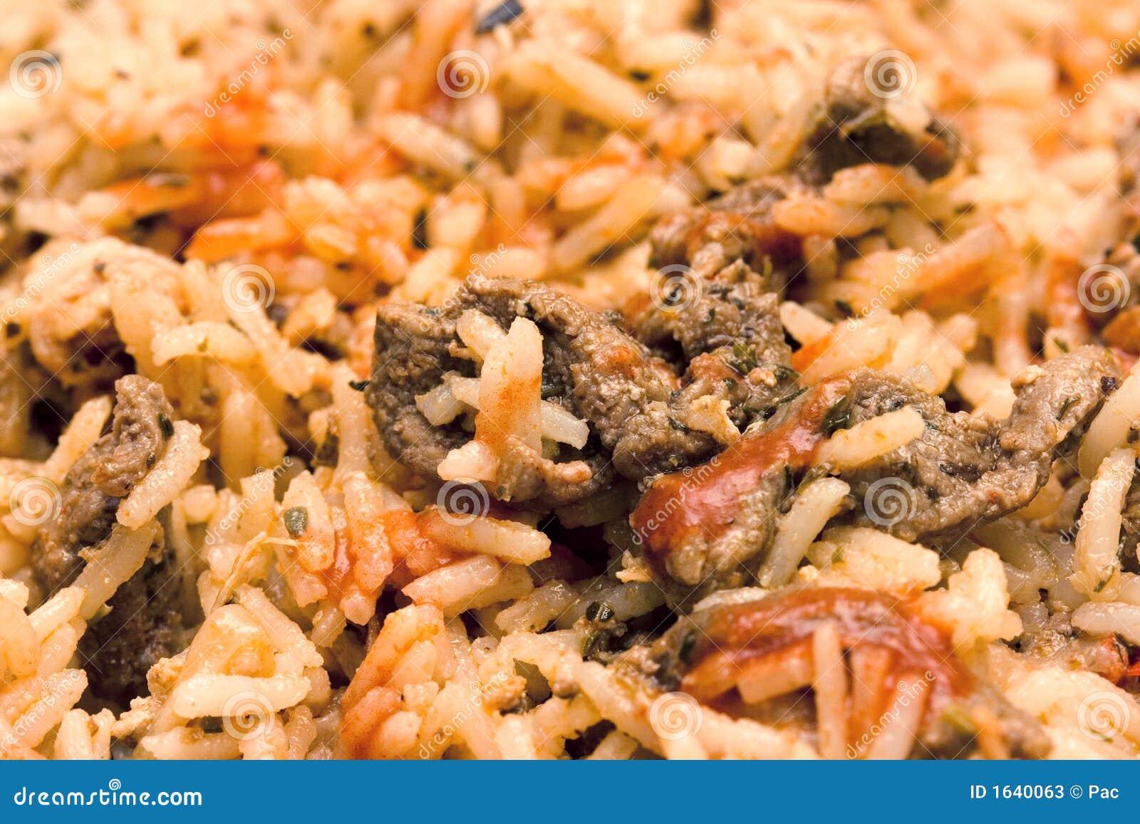 Smażony ryż mięsnych