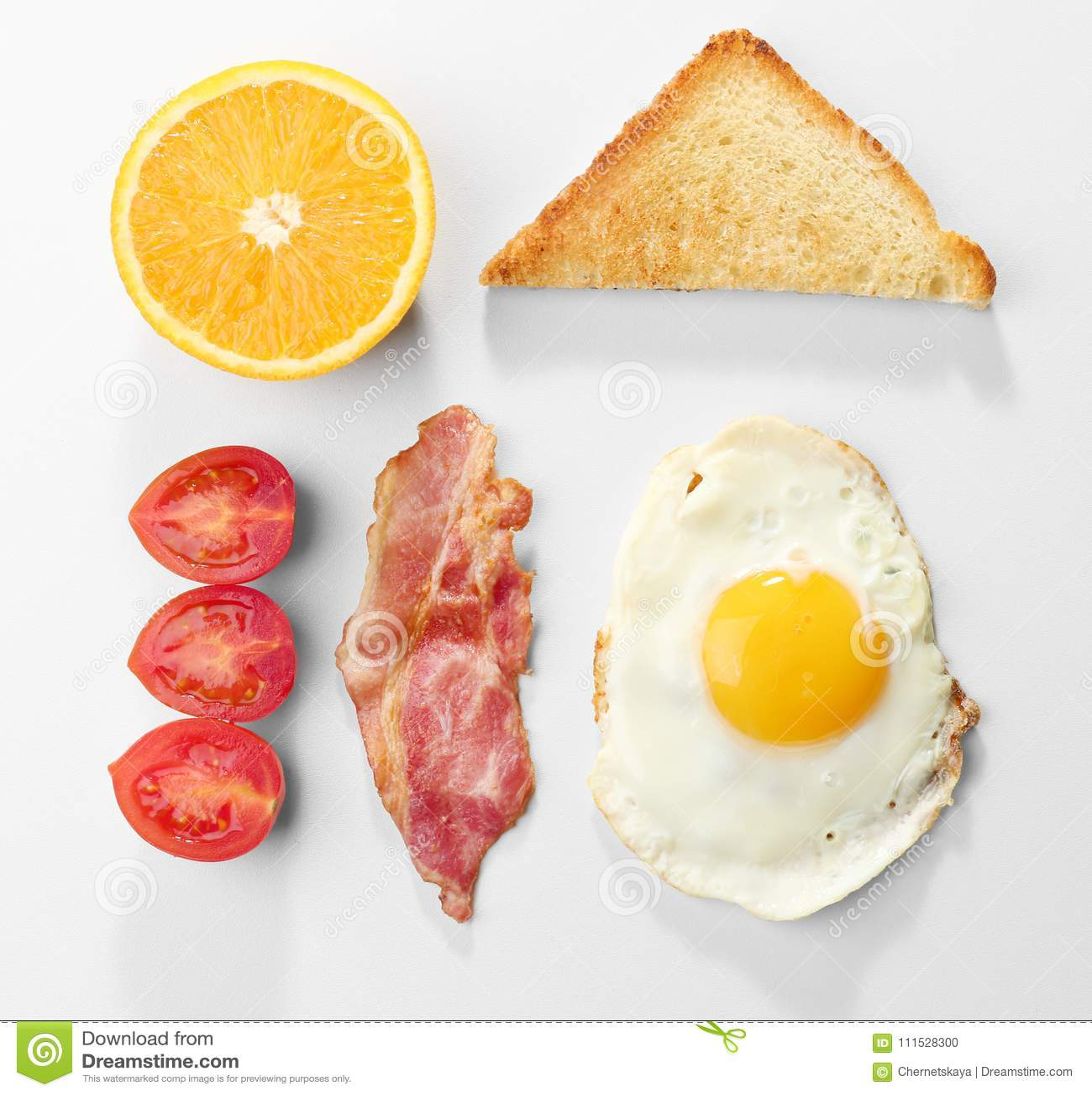 Smaklig frukost med det stekte ägget