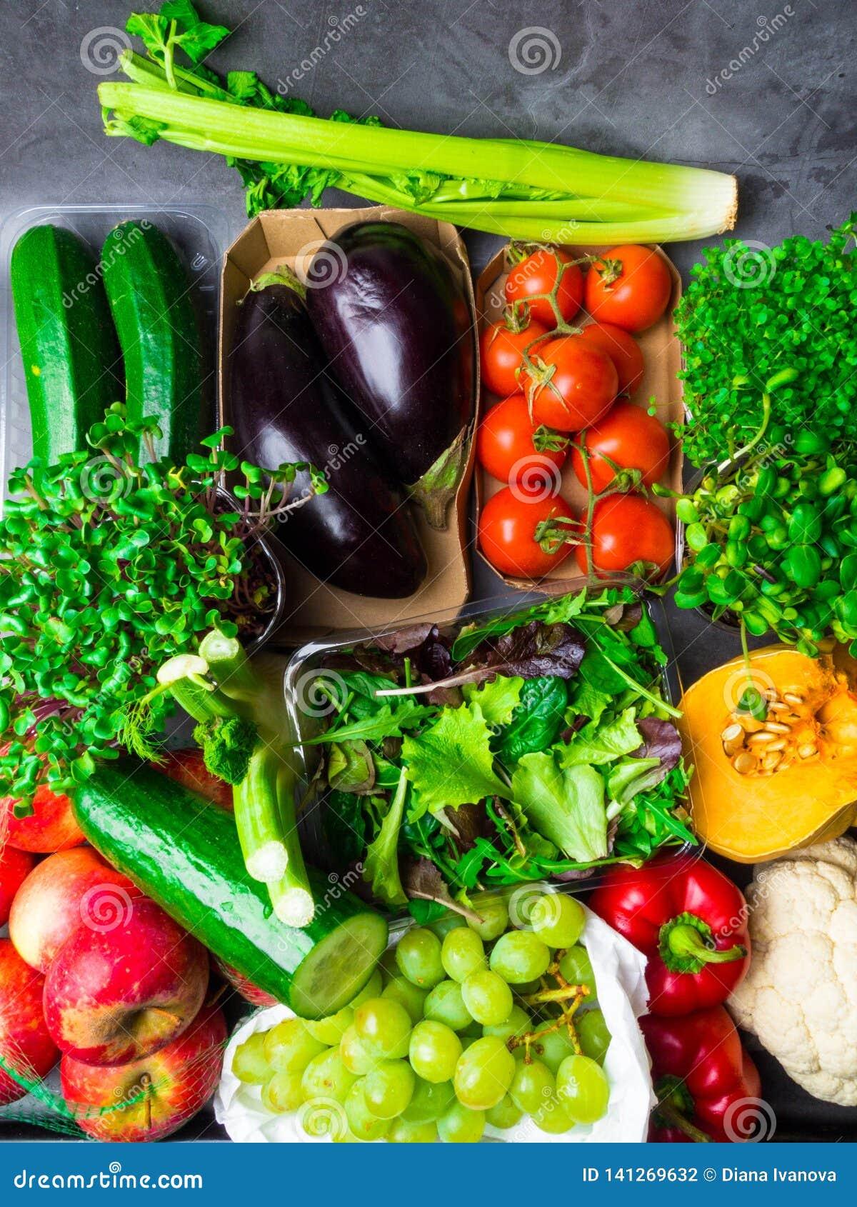 Smakowici warzywa i owoc, Zdrowy karmowy czysty łasowanie wybór: owoc, warzywo, superfood greenery liścia tło
