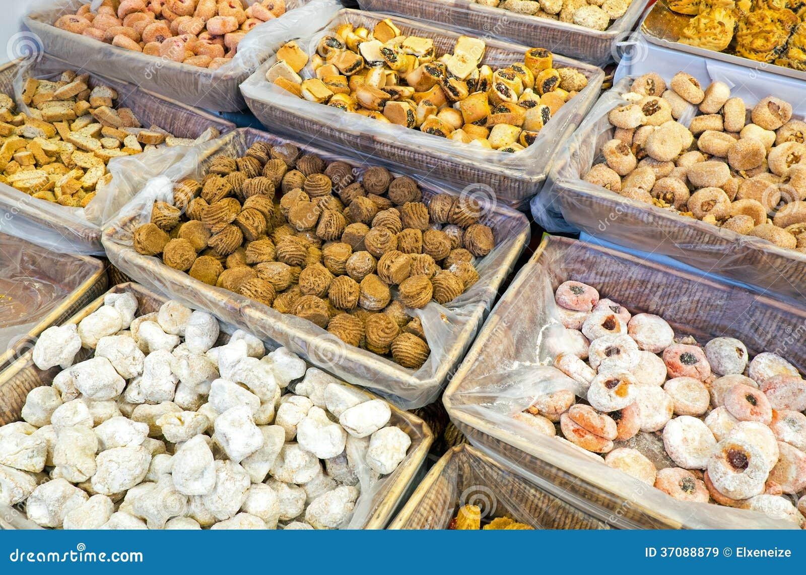 Download Smakowity włoski ciasto obraz stock. Obraz złożonej z ciastko - 37088879