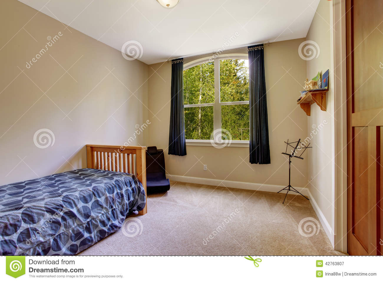 Simple Bedroom With Single Bed small bedroom with single bed stock photo - image: 42763807