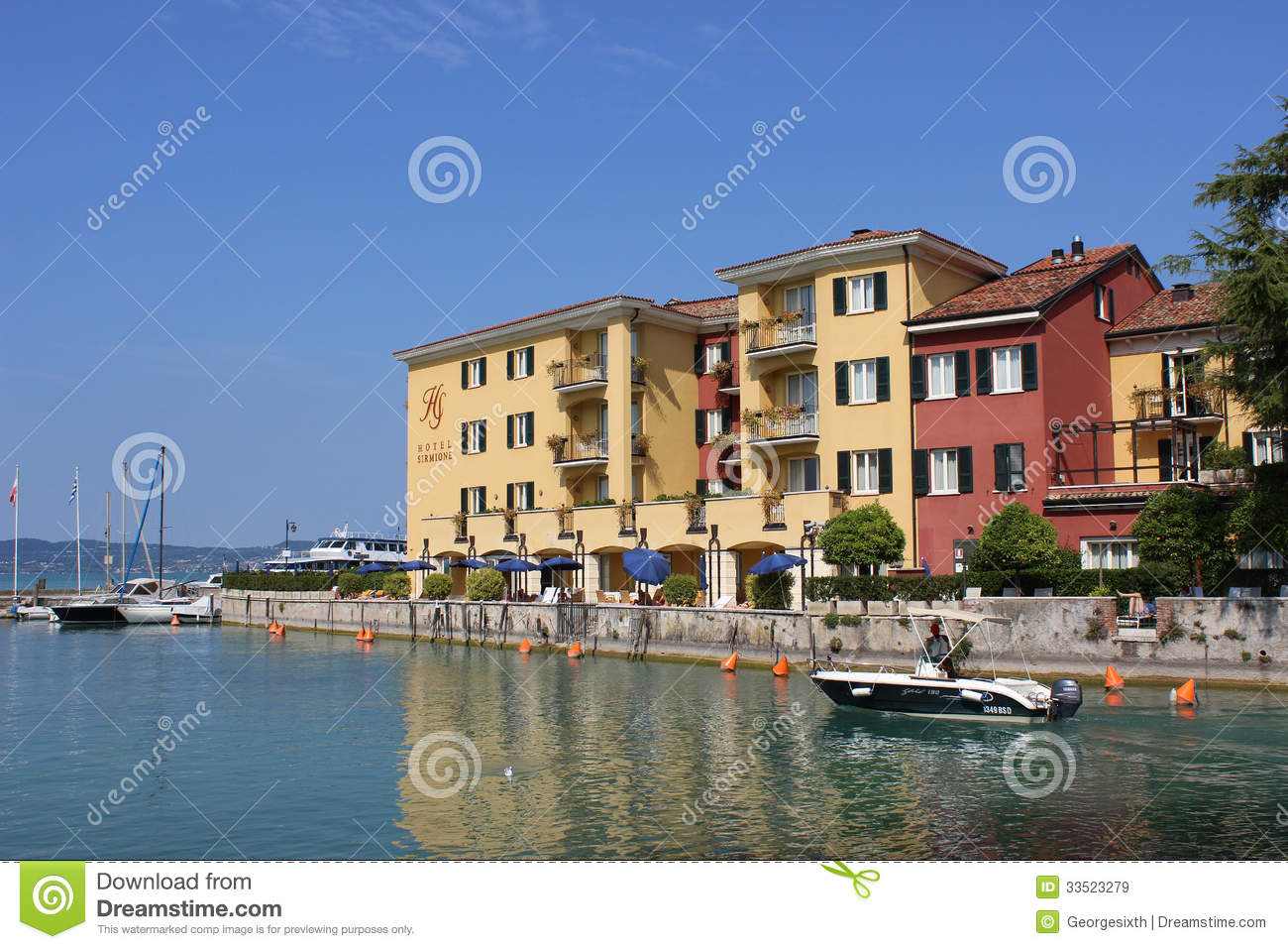 Small Boat Waterfront Buildings Sirmione Italy Editorial