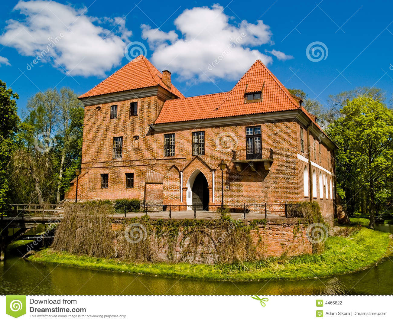 Small castle stock photography image 4466822 for Small chateau