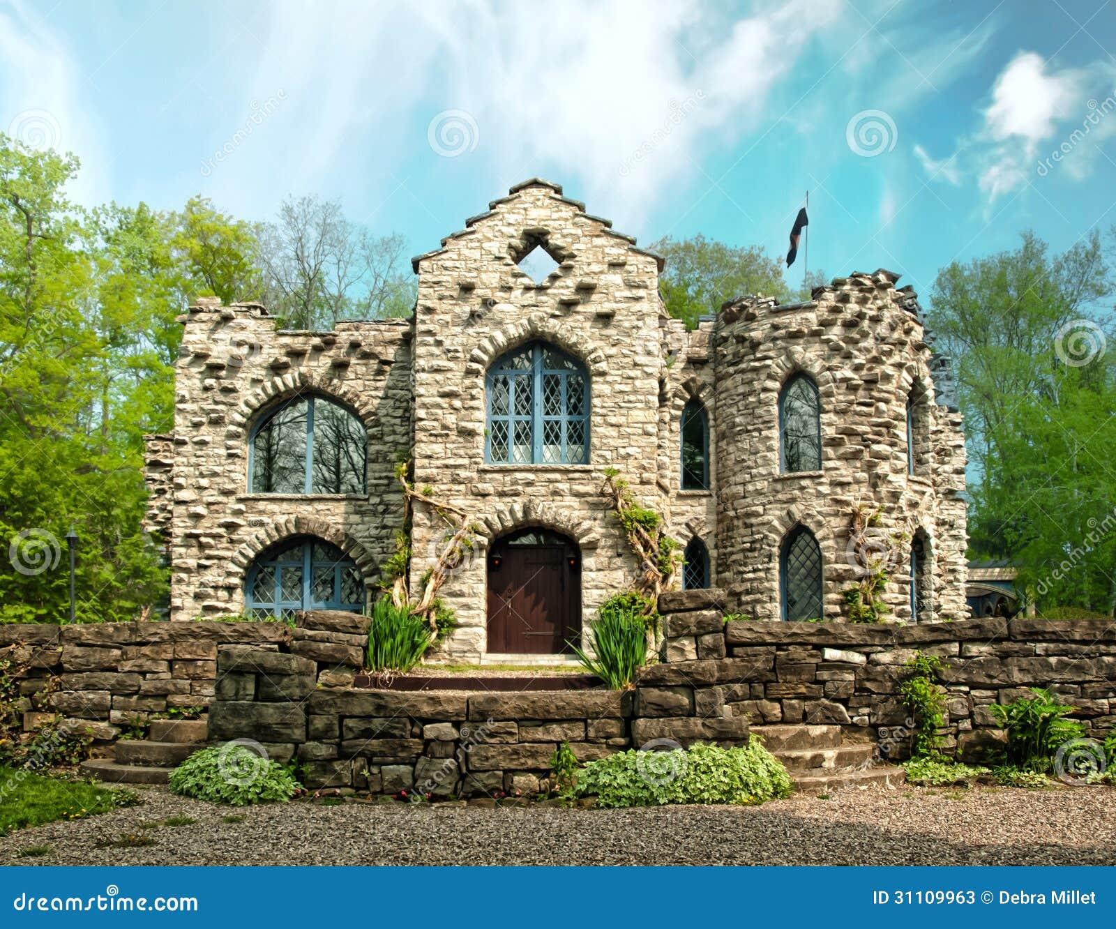 Small Castle Stock Photos - Image: 31109963