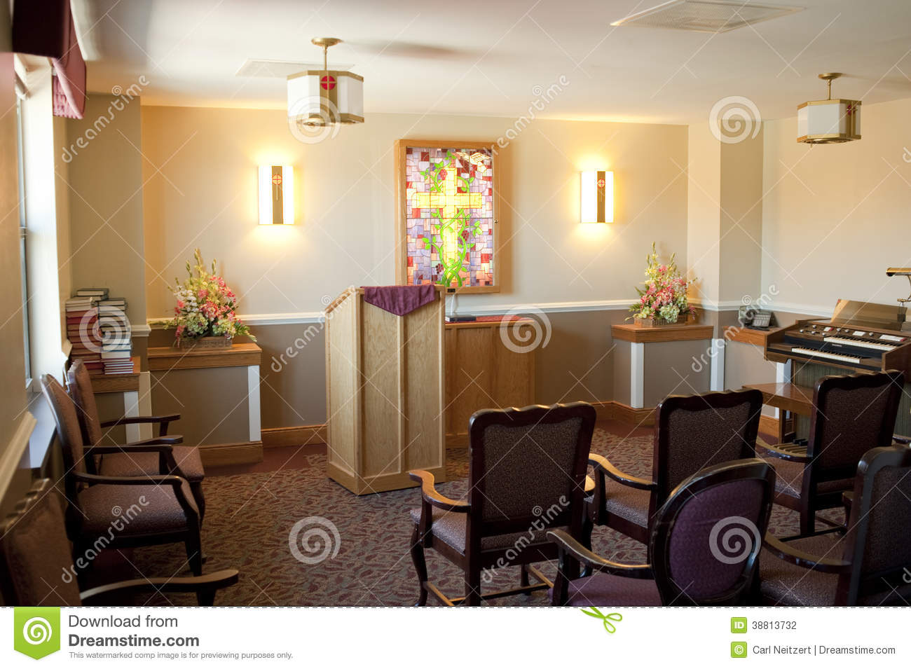 Intimate small hotel room royalty free stock photography for Small intimate hotels