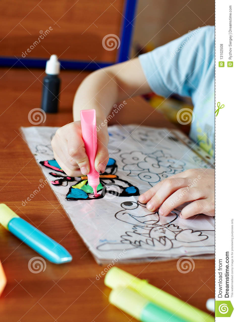 Small child draws pink paint for stained glass royalty free stock photos image 13102508 - Resource com verven ...
