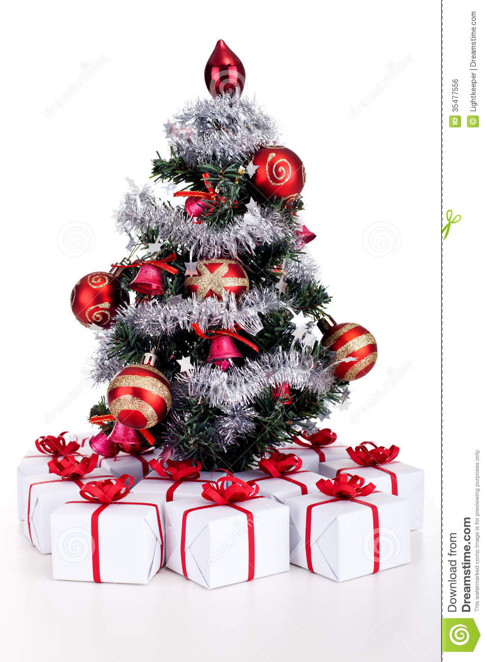 Christmas Tree Decor With Ribbon