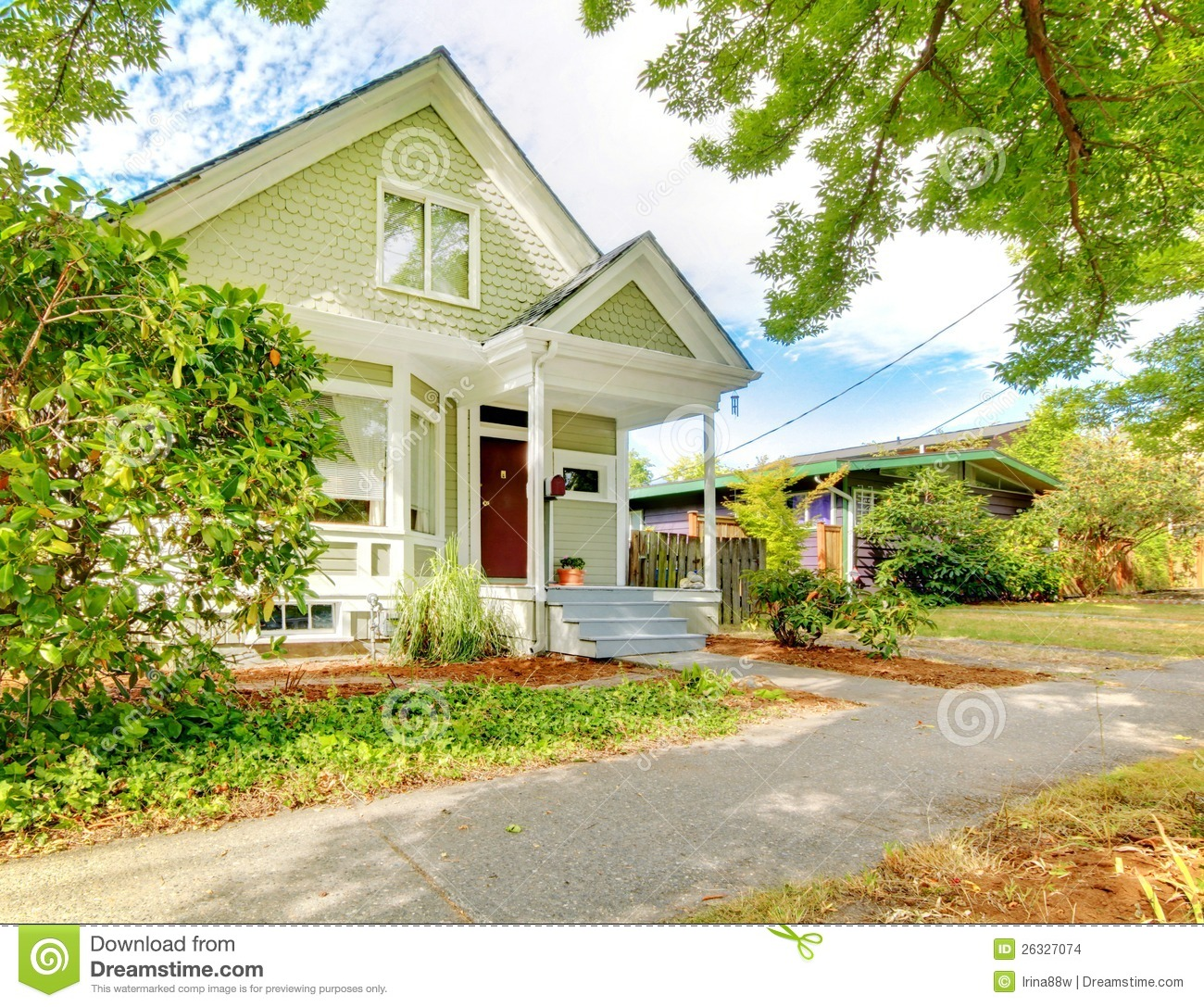 Small Cute Craftsman American House Stock Photo Image