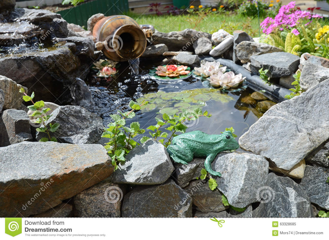 Small decorative pond in the garden landscape design for Ornamental fish pond design