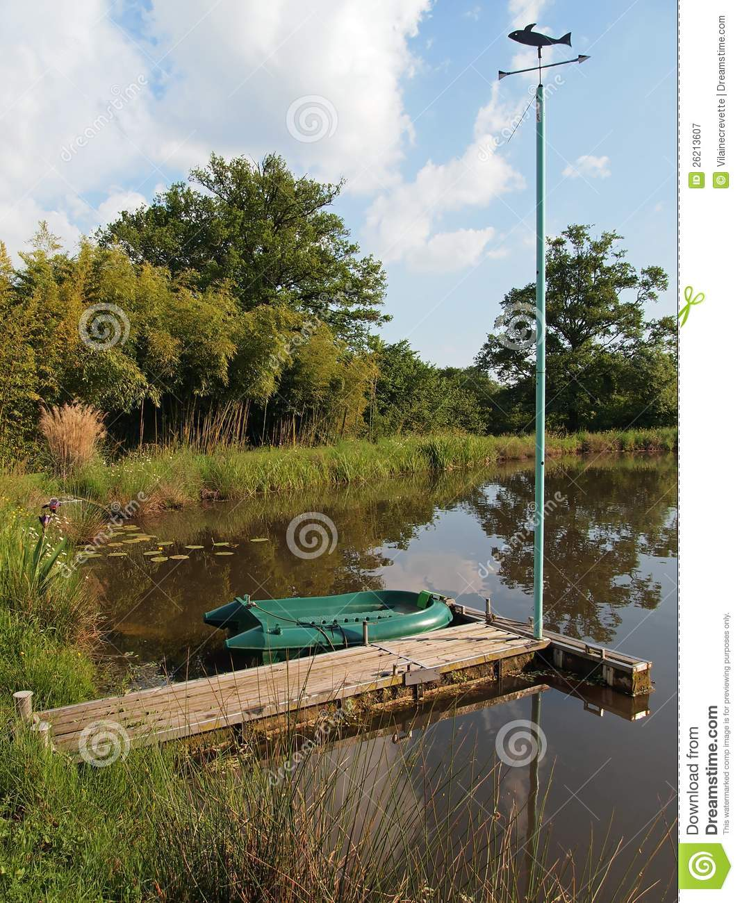 Floating docks images frompo for Small pond dock plans