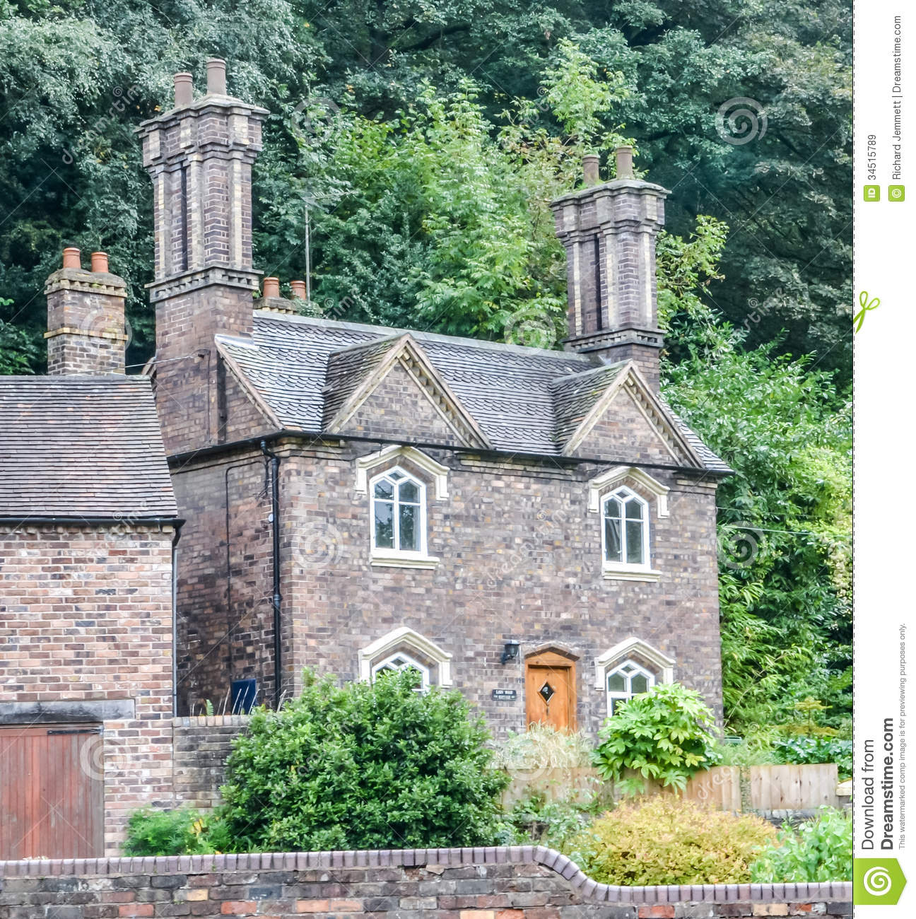 Fabulous Small English Stone Cottage Royalty Free Stock Images Image Largest Home Design Picture Inspirations Pitcheantrous
