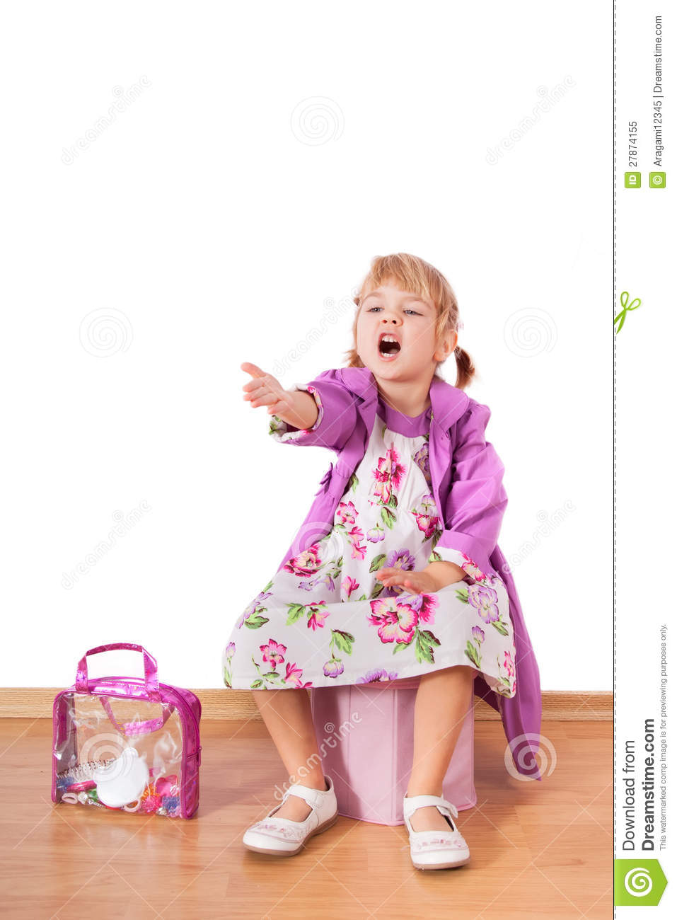 Small Fashion Girl Sitting And Shouting Royalty Free Stock
