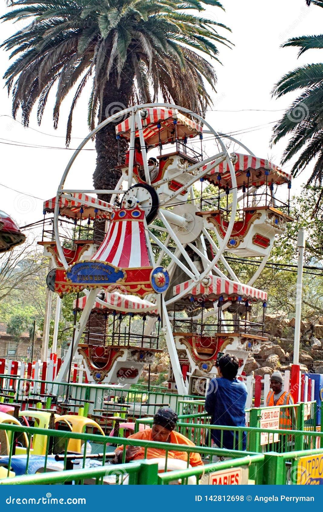 Amusement Park Ferris Wheel Editorial Stock Photo - Image ...