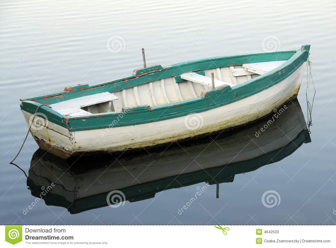 Small fishing boat stock photos image 4642533 for Small boats for fishing