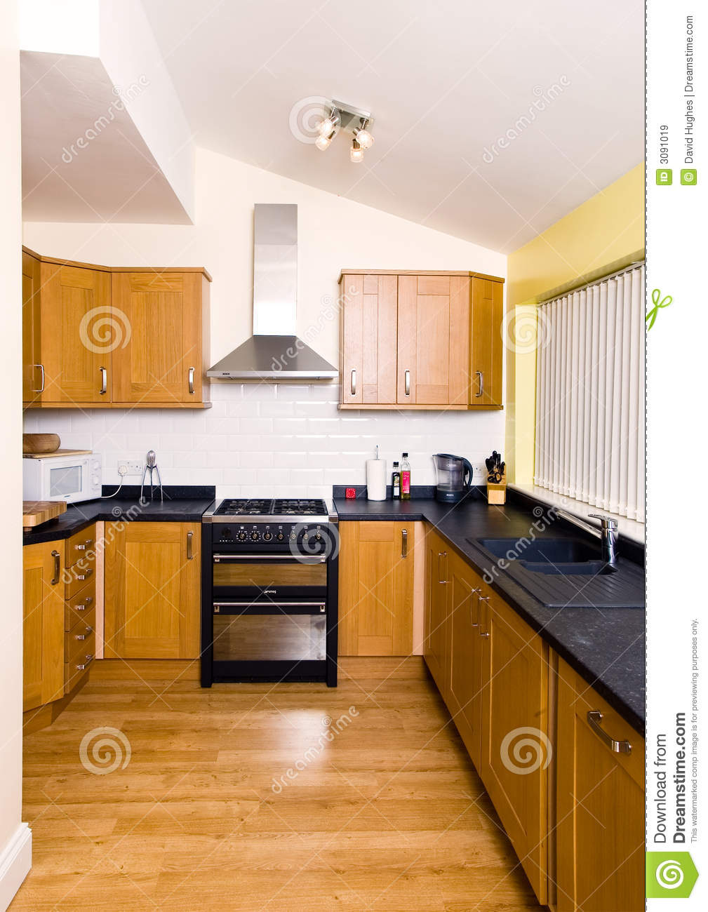 Small fitted kitchen royalty free stock images image for Small fitted kitchens