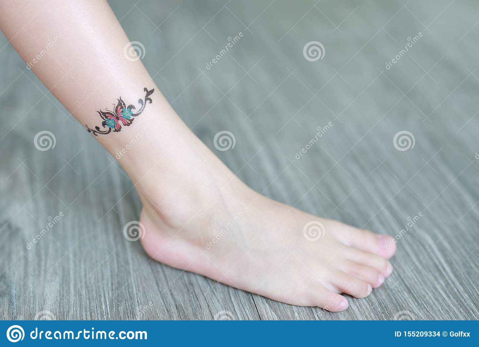 Small Flower Tattoo Sticker On Child Ankle Dress Up Tattoos Stock Photo Image Of Female Elegant 155209334