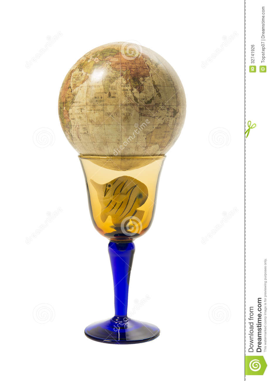 Small global world map on top of wine glass with fish for Best wine with fish