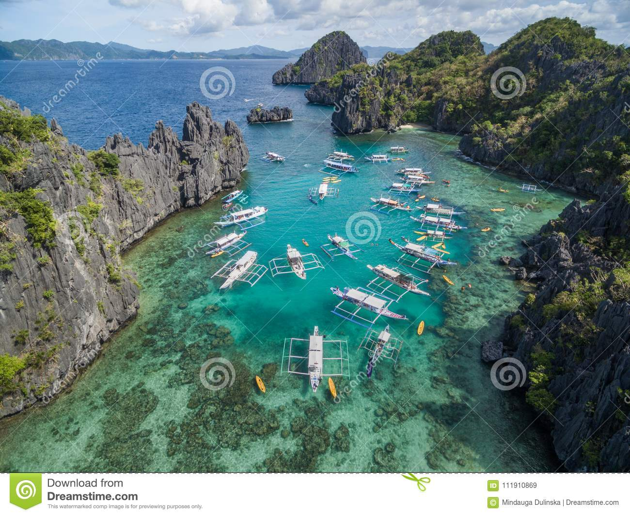 Small Lagoon In El Nido Palawan Philippines Tour A Route