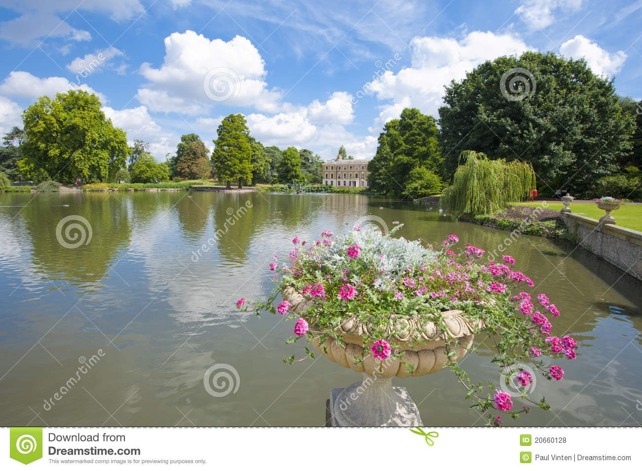 Small Lake In A Beautiful Garden Setting Royalty Free Stock Photos