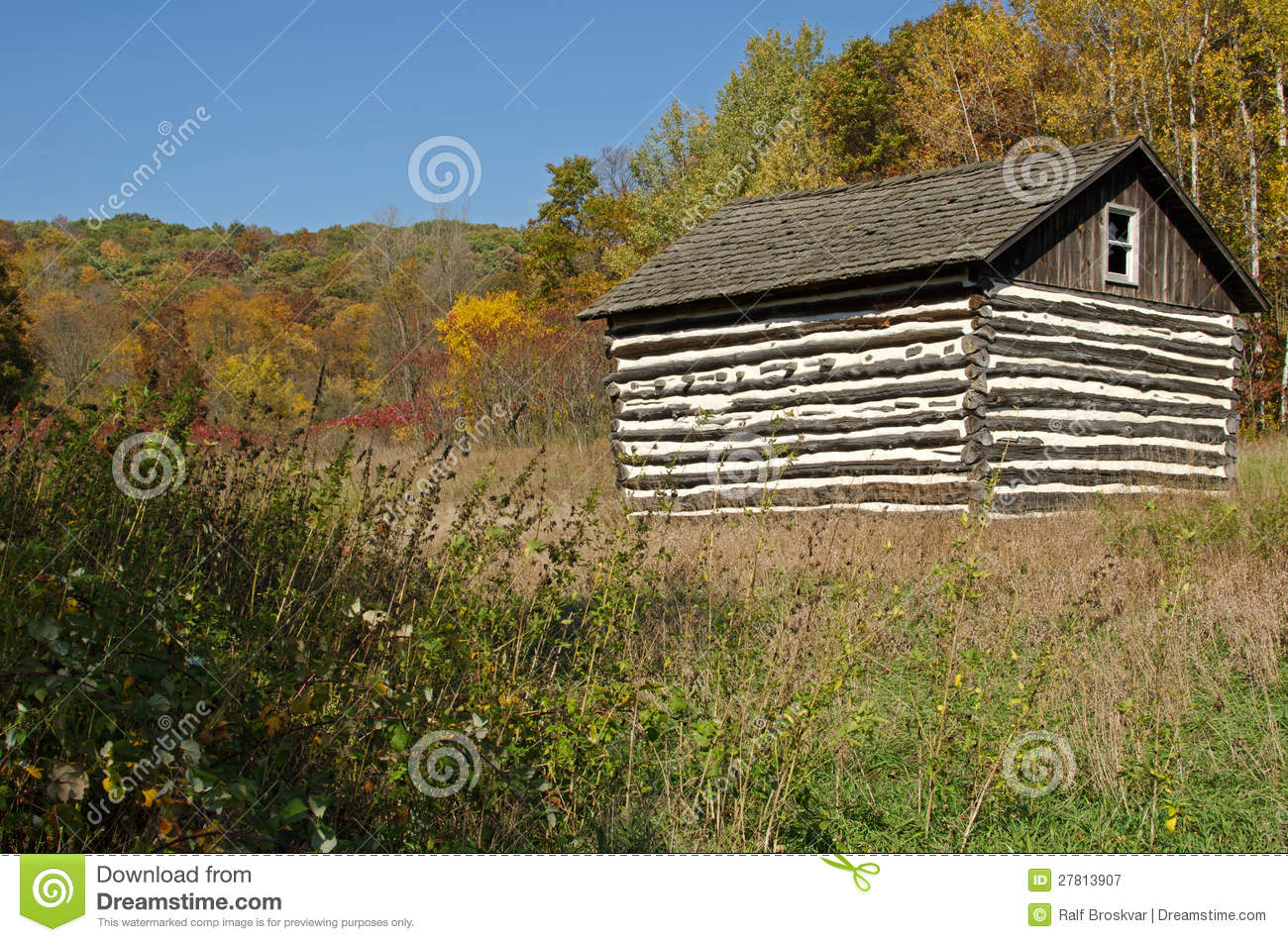 Small Log Cabin In Natural Bridge State Park,WI