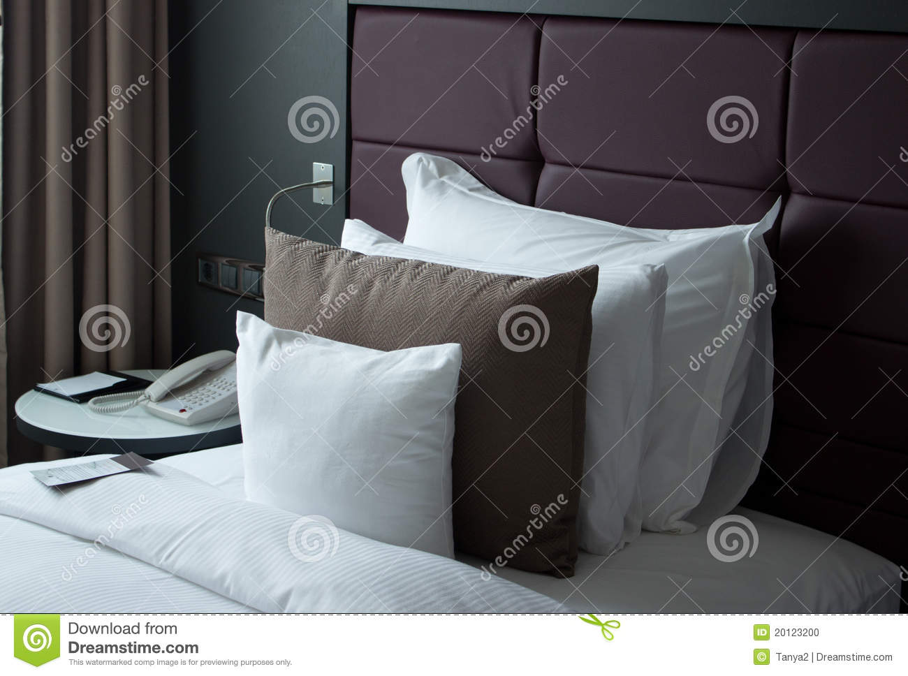 A Small Note On The Bed With Pillows Stock Photo Image