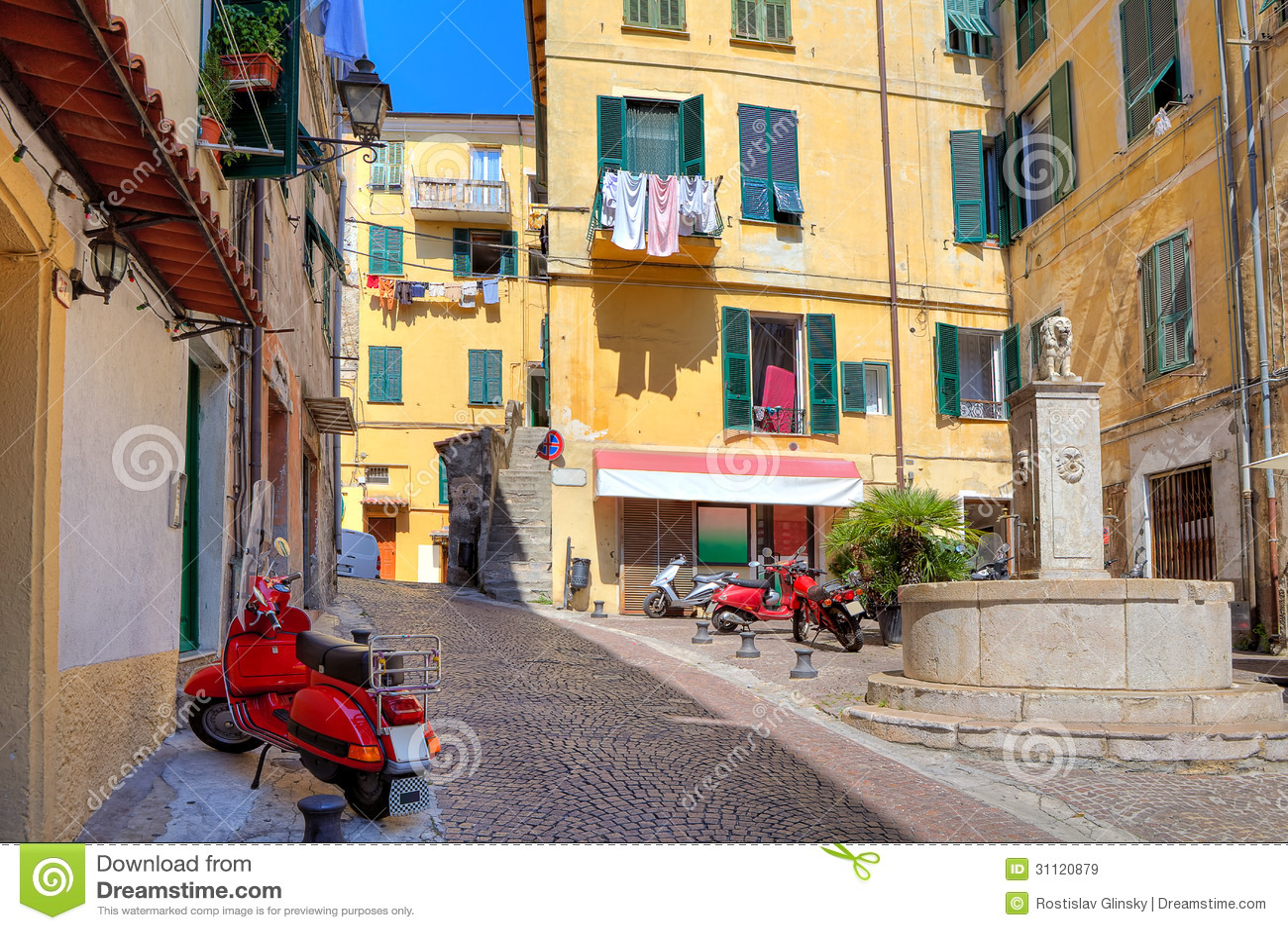 Moto Morini mopeds versus Italian mopeds with a Motori