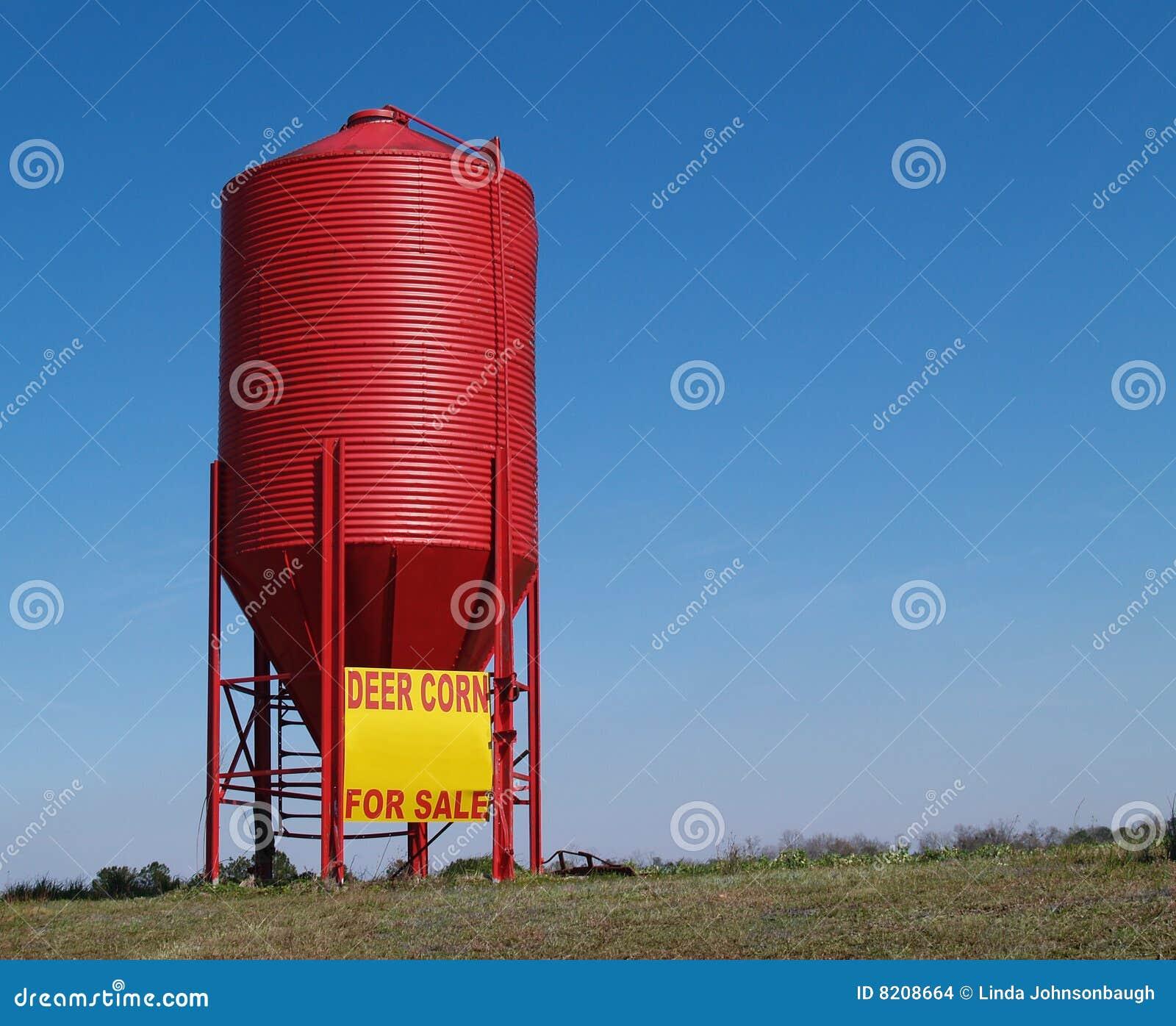 small red grain silo stock photo image of grain merchandise 8208664. Black Bedroom Furniture Sets. Home Design Ideas