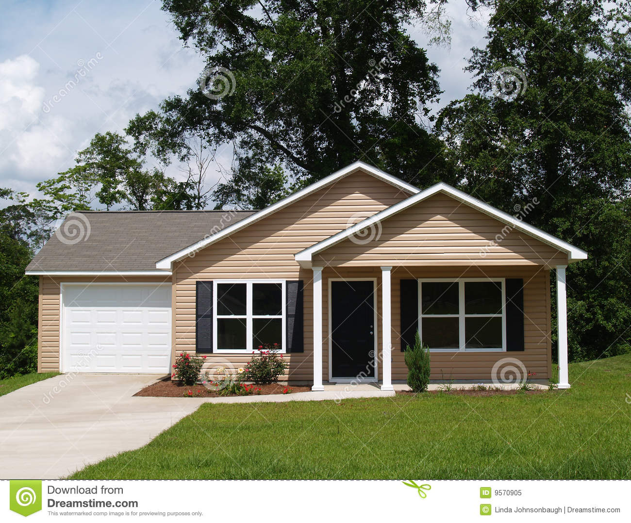 Small residential home stock image image of dream for Vinyl siding house plans