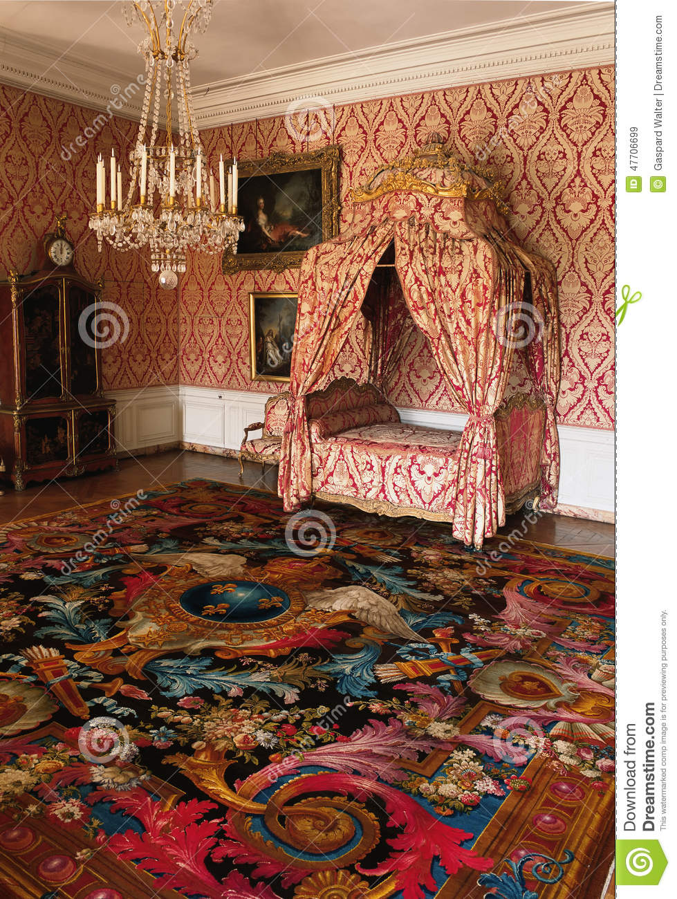 Small Room Four Poster Bed And Rug At Versailles Palace