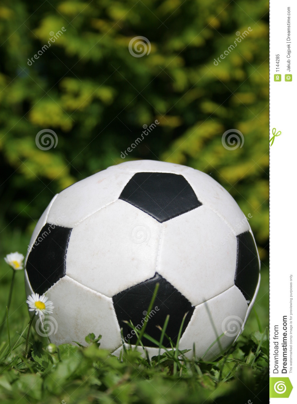 how to drive a soccer ball