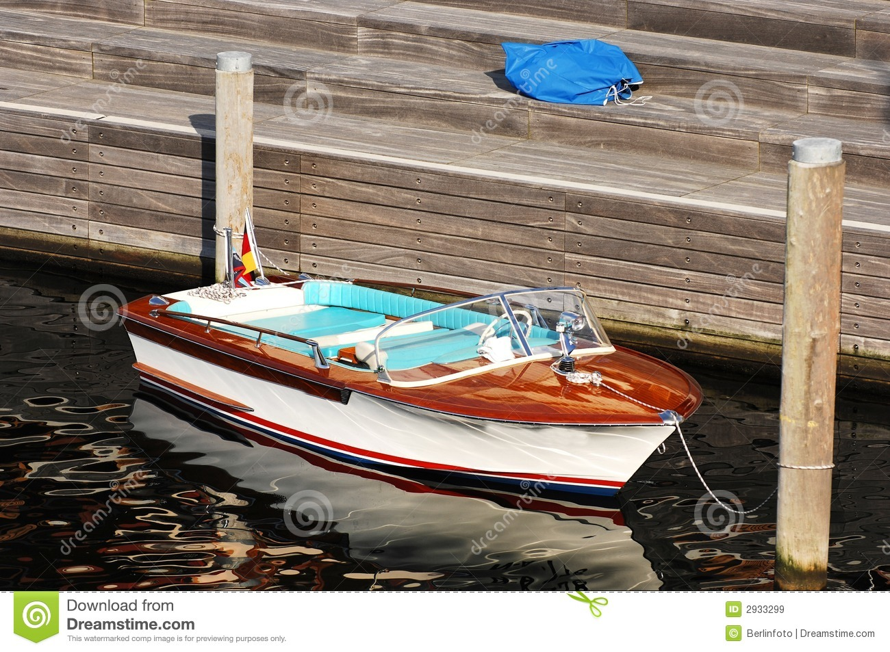 Small speed boat at pier stock image. Image of water, sunny - 2933299
