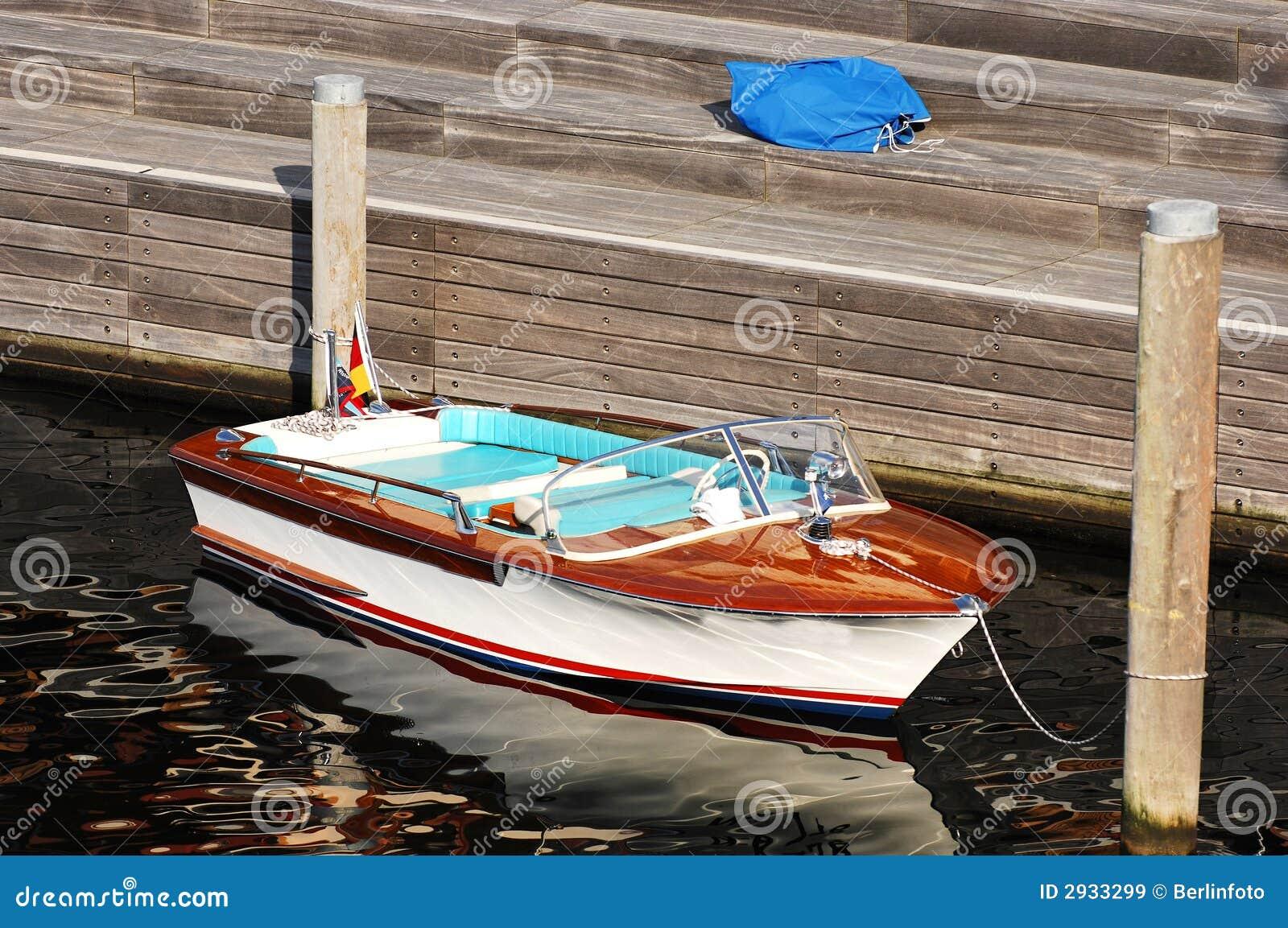 Free diy bait boat plans