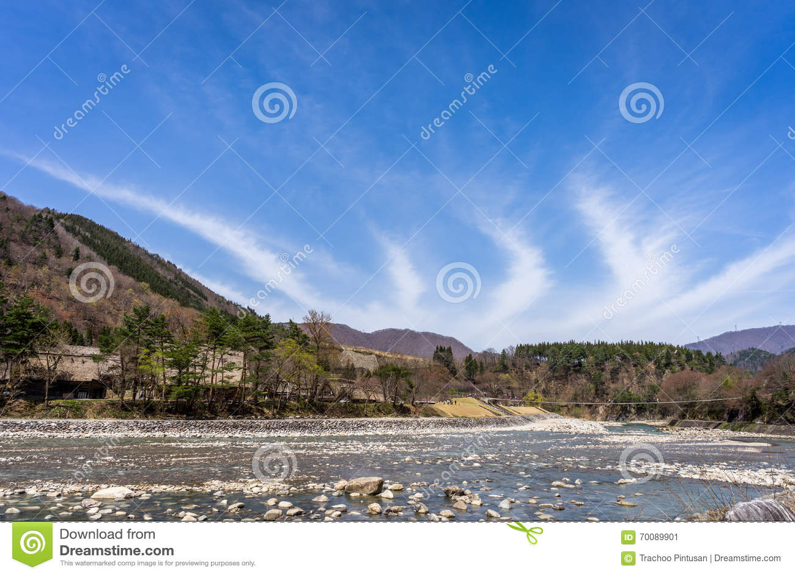 Small stream that runs through the side of Shirakawa-go