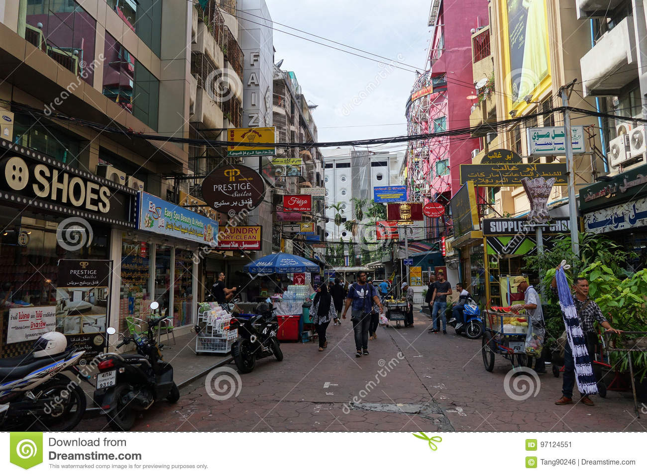 Small street along Sukhumvit road, Bangkok