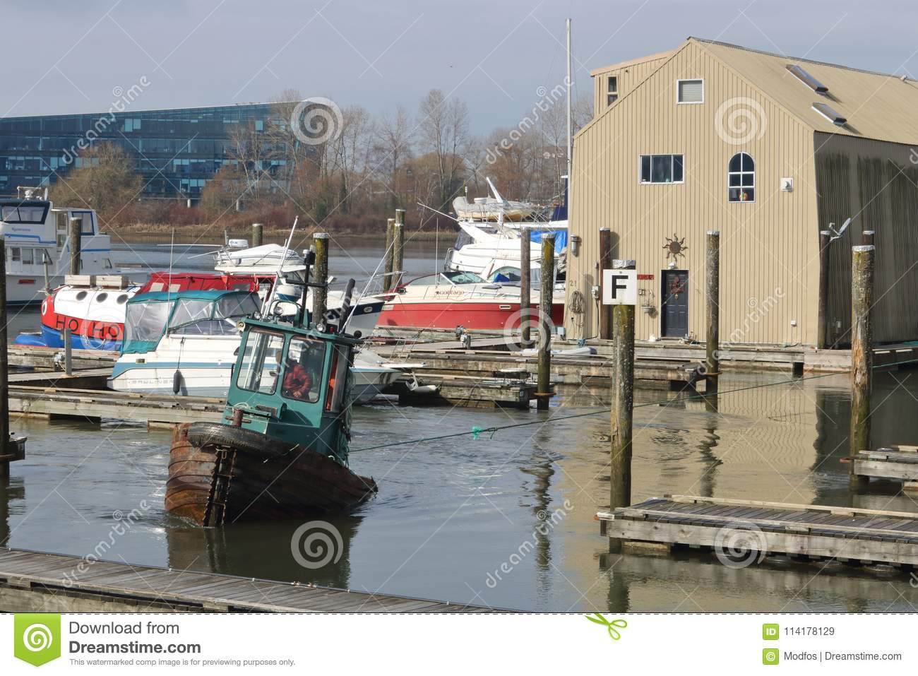 Swell Tug Moving Houseboat Editorial Stock Image Image Of Captain Download Free Architecture Designs Scobabritishbridgeorg