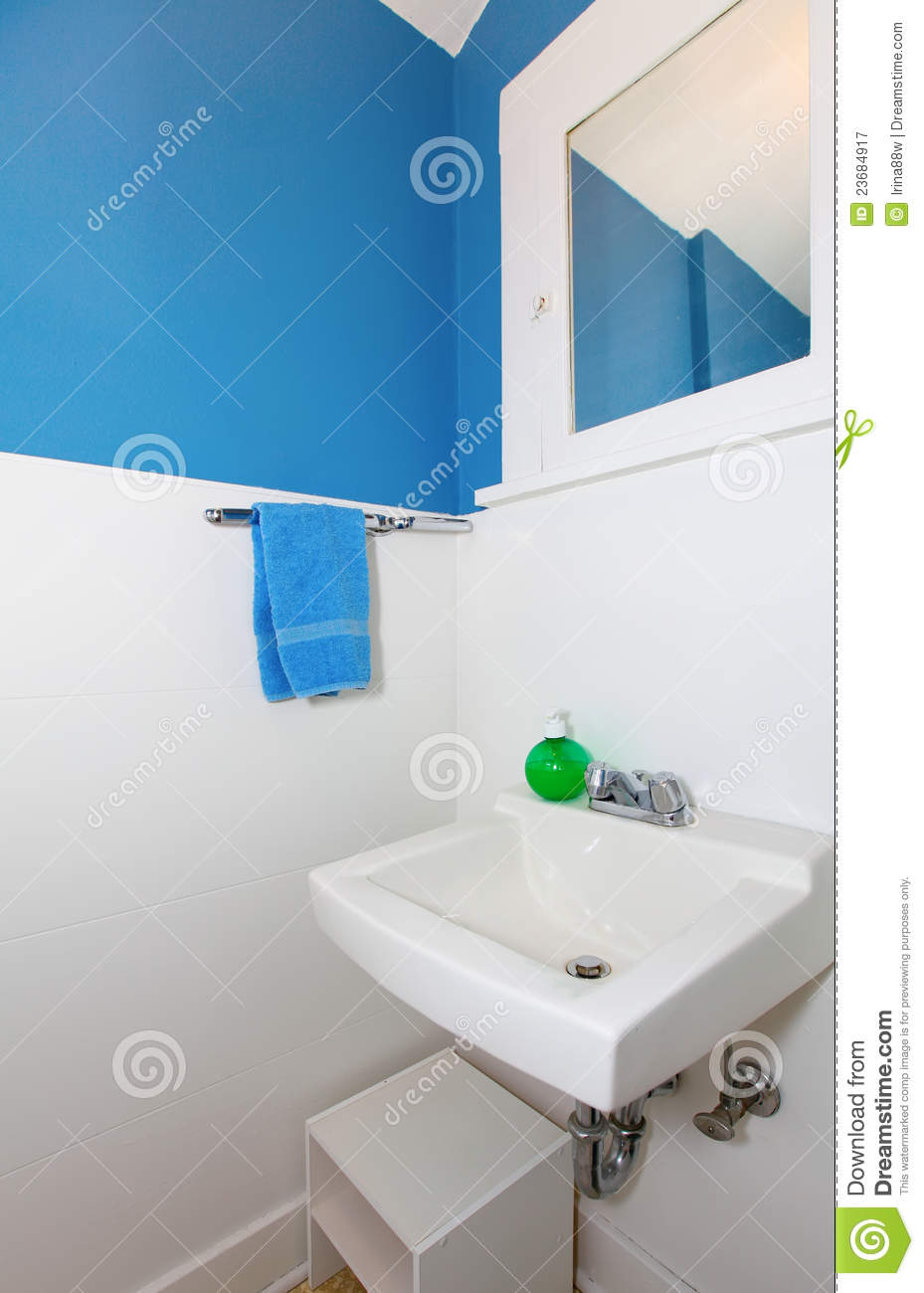 Small White And Blue Bathroom Royalty Free Stock