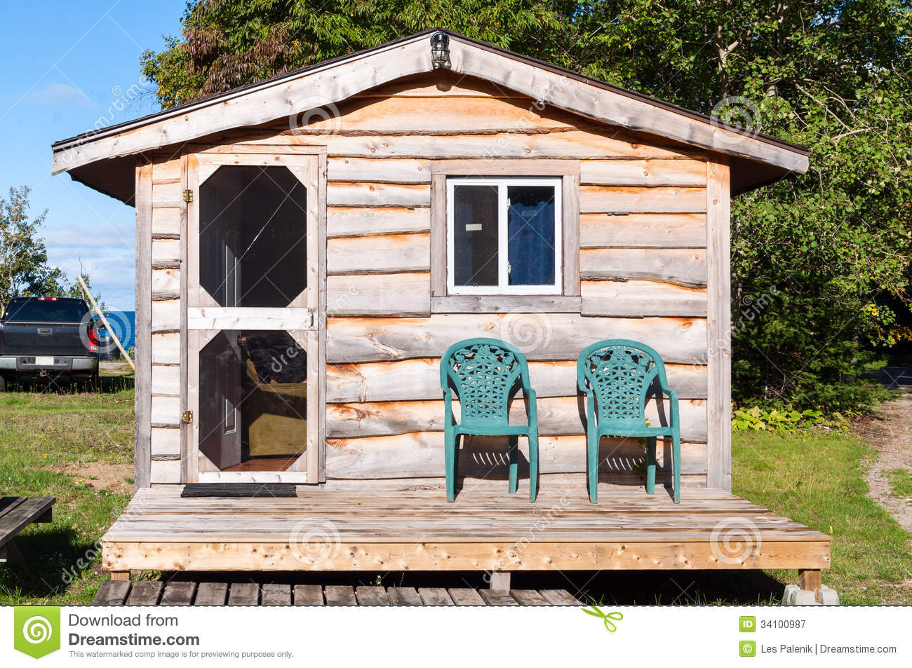 Small Wooden Cabin Stock Image Image Of Wooden Cottage 34100987