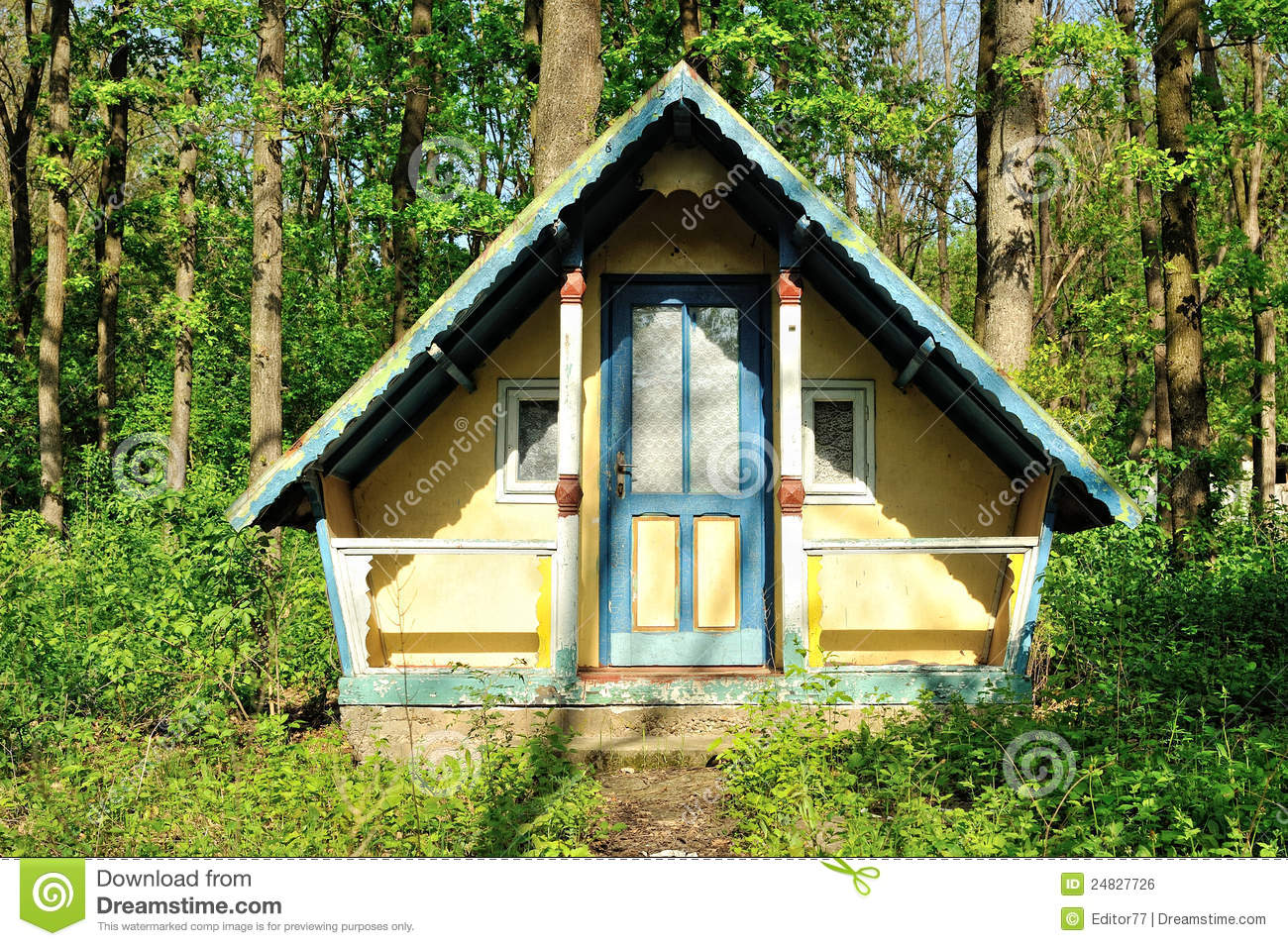 Royalty Free Stock Image Small Wooden House Abandoned Forest Image24827726 on 12 X 20 Cabin Floor Plans