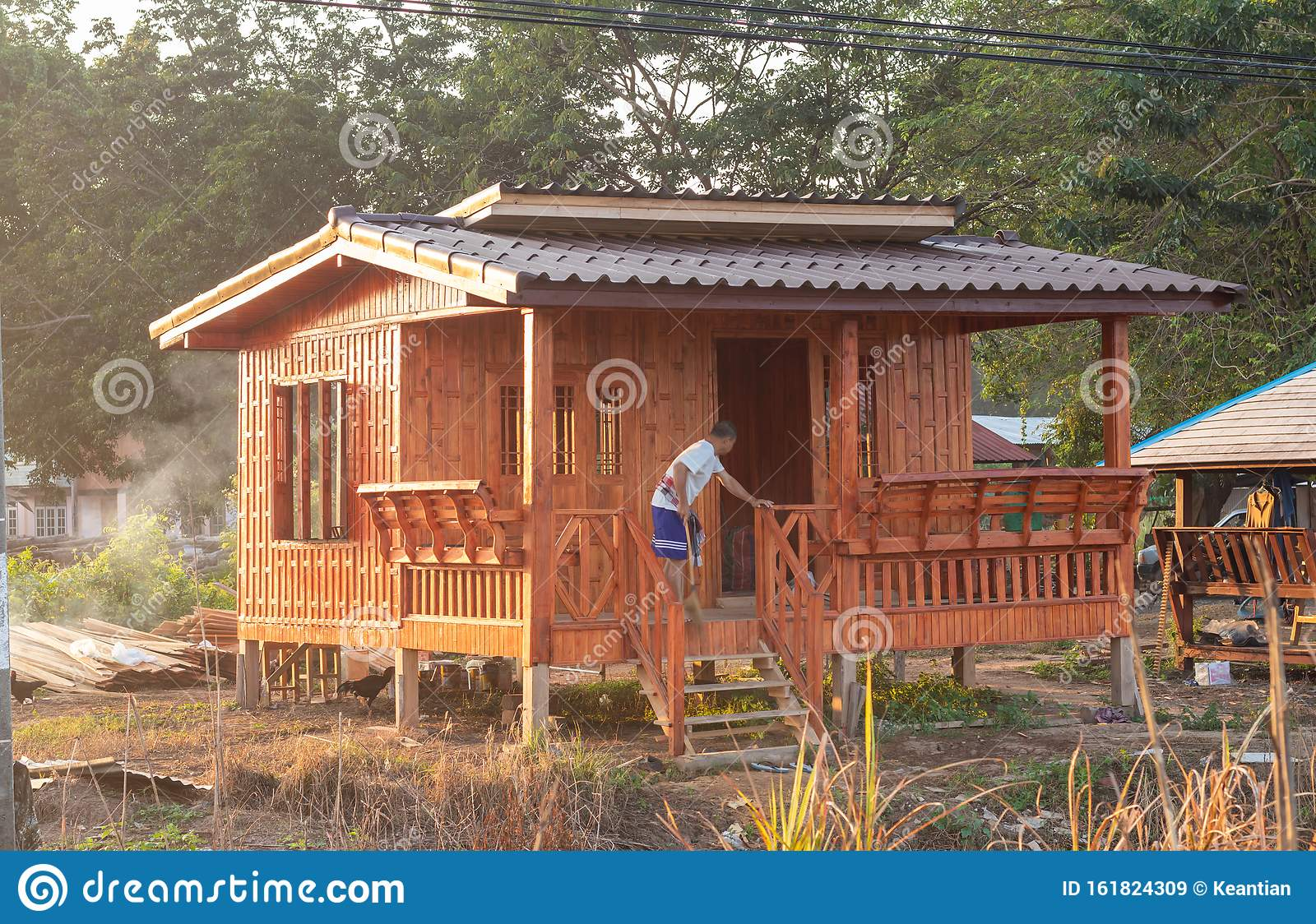 Small Wooden House With Sunshine In The Thai Countryside Editorial Stock Image Image Of Outdoor Early 161824309