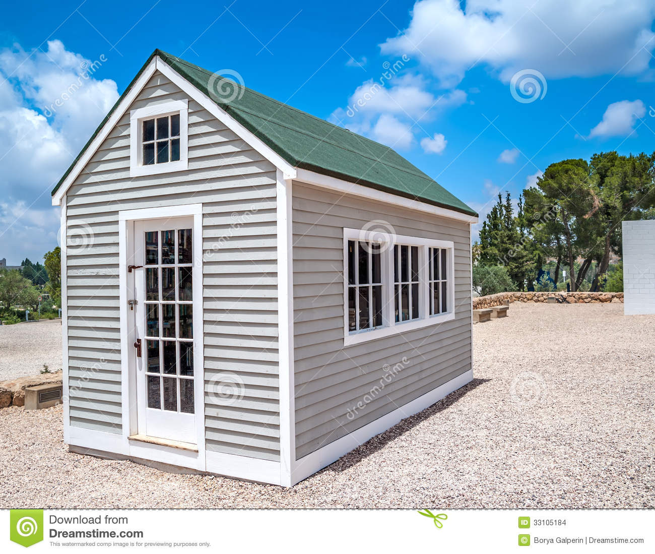 White Wood House : Small Wooden House Stock Images - Image: 33105184
