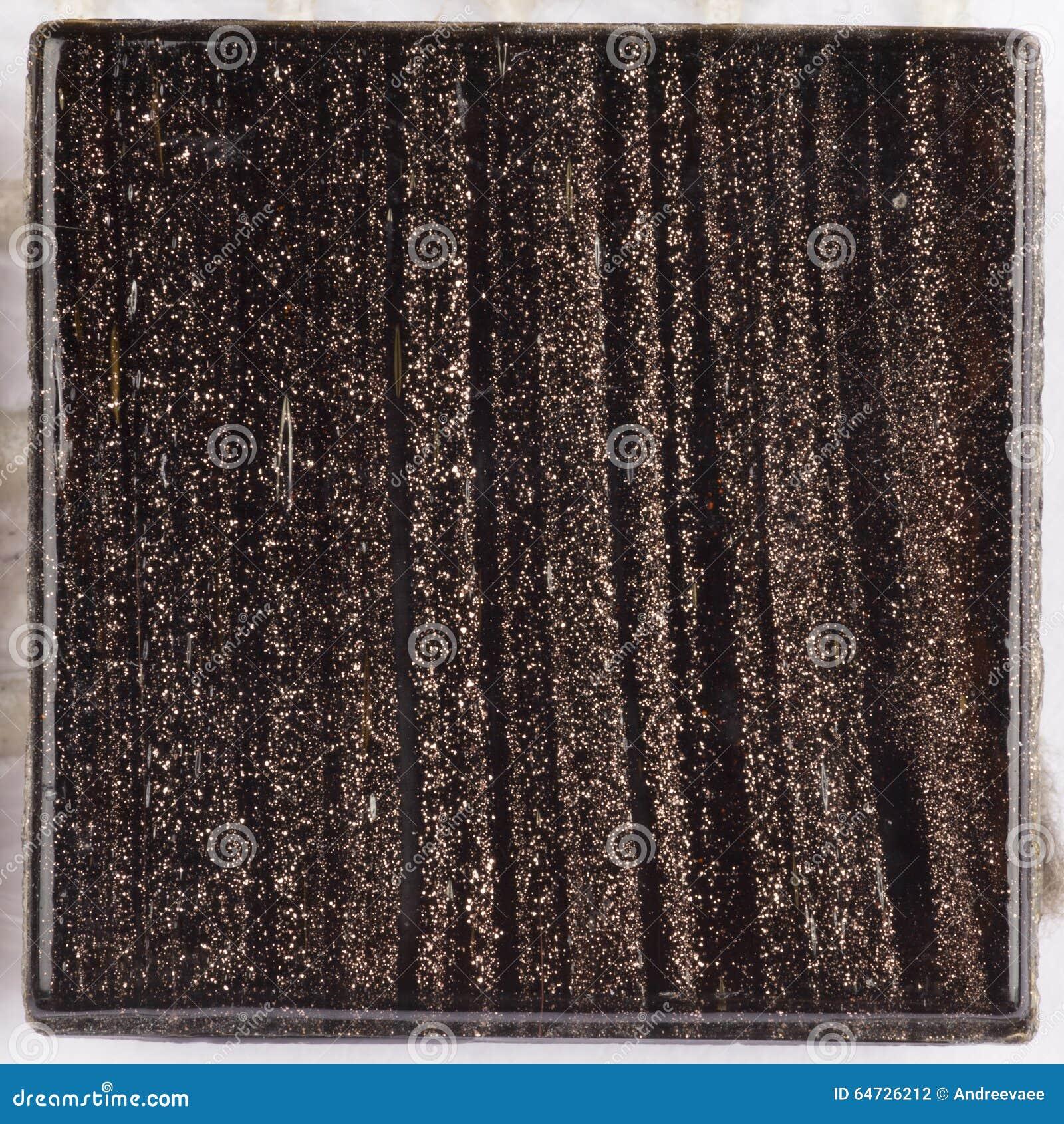 Smalt di vetro di marrone scuro