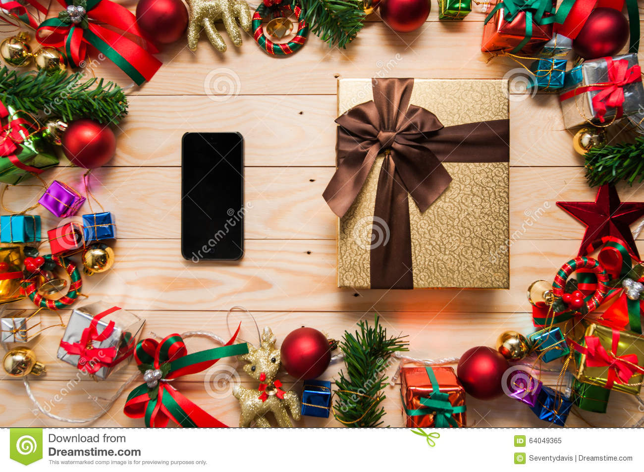 Smart phone mock up and gift box with christmas for Application box decoration