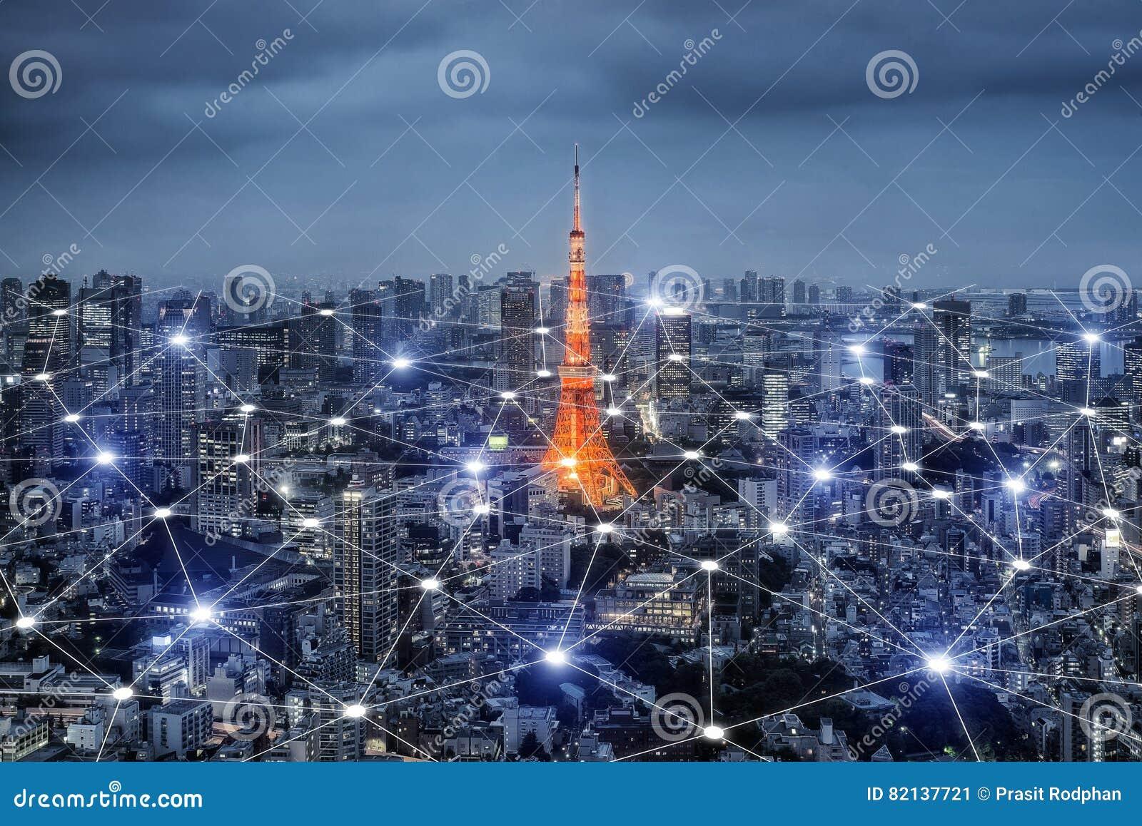 Smart stadsscape och begrepp för nätverksanslutning, trådlös signal