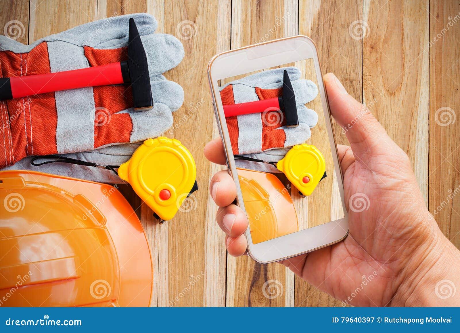 Smart telefon för handinnehav med forssäkerhetsutrustning
