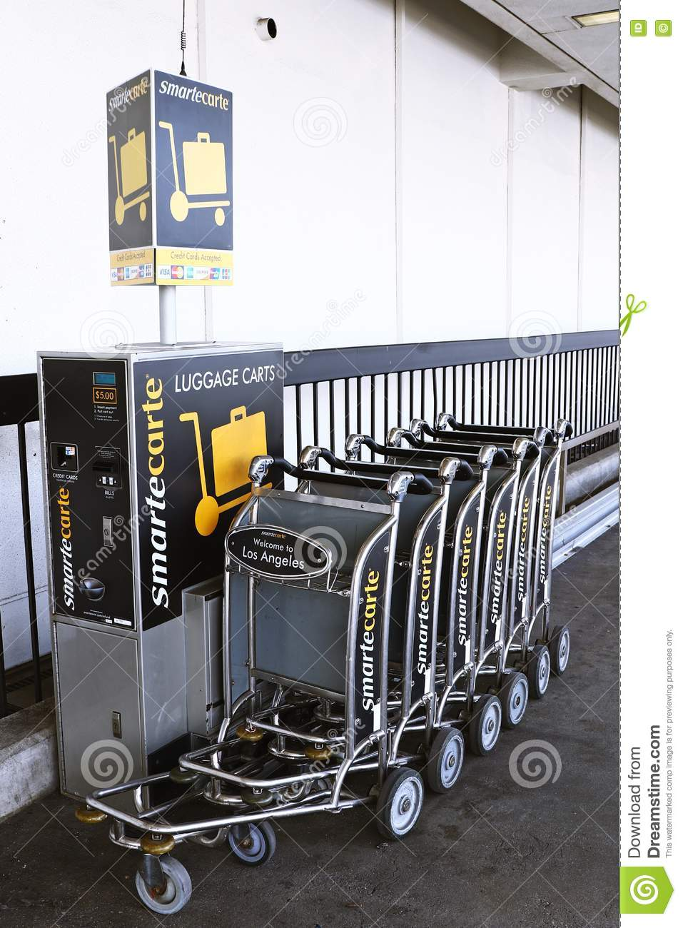 smartecarte-paying-luggage-carts-lax-ca-