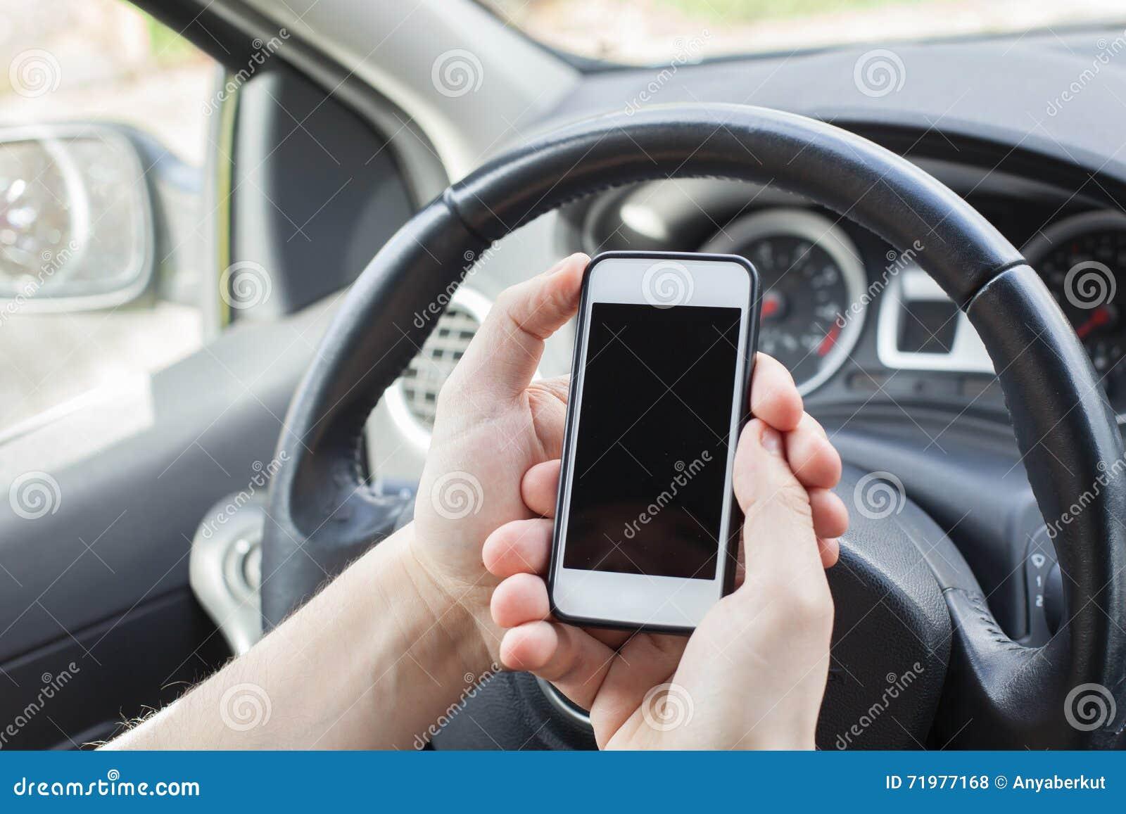 Smartphone in the car