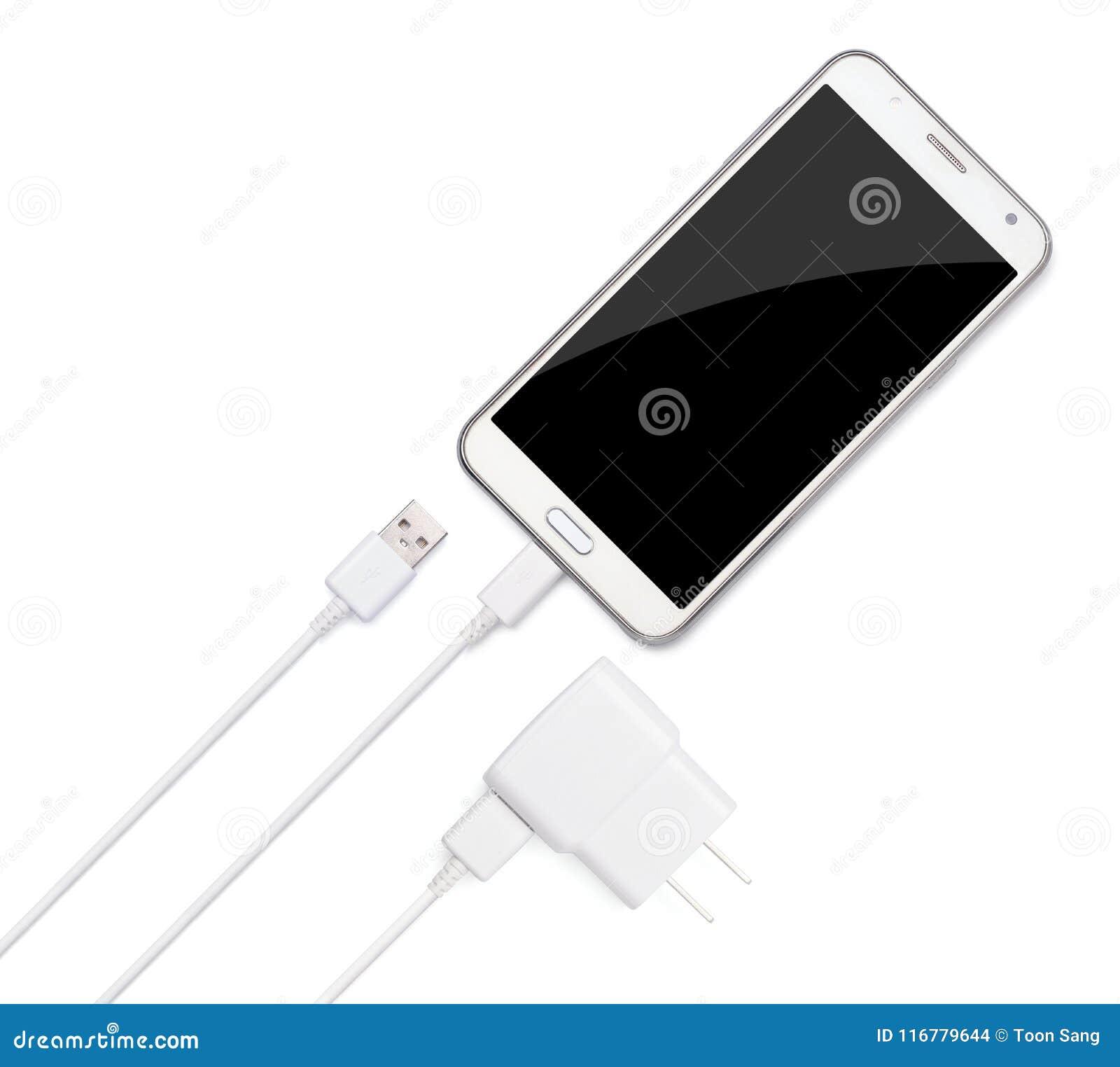 Smartphone czopuje wewnątrz z mikro USB ładowarki adaptor