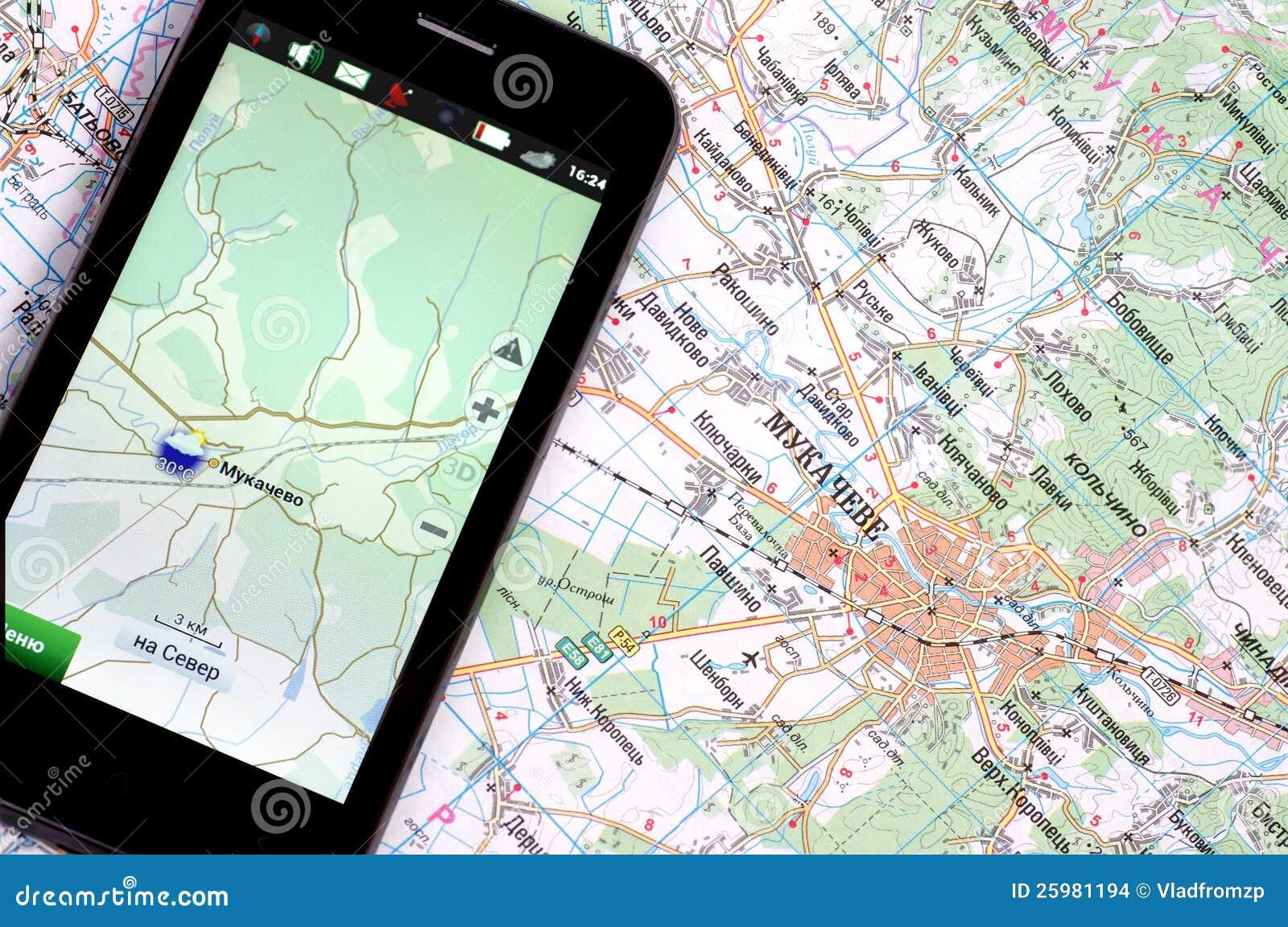 Smartphone med GPS och en översikt
